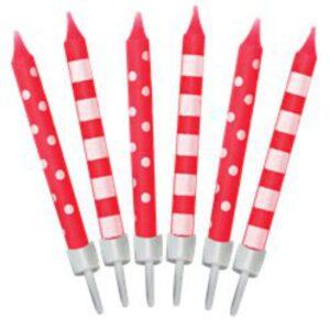 Rote Geburtstagskerzen mit Streifen und Punkten